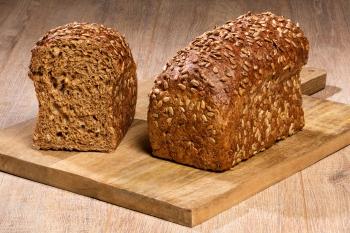 Grof volkoren zonnepit brood