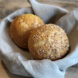 Kaiserbroodje met zaad